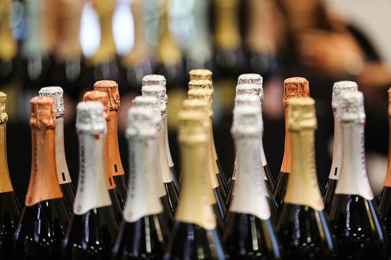 У импортеров возникли проблемы со ввозом алкоголя перед Новым годом