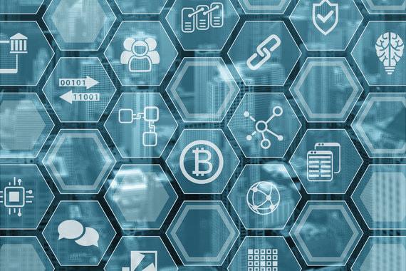 В октябре 2018 г. должен появиться закон, позволяющий использовать технологию блокчейн в интеллектуальной собственности. Это может стать одним из способов доказательства совершения сделок с объектами интеллектуальной собственности и самого факта создания такого объекта. К концу 2020 г. блокчейн должен лечь в основу «цифрового доверия» стран ЕАЭС
