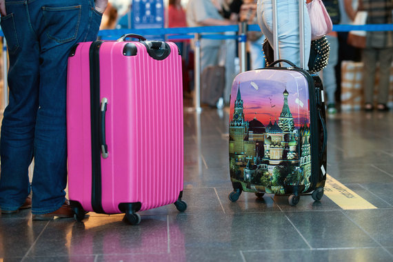 Россияне стали больше тратить на поездки за границу
