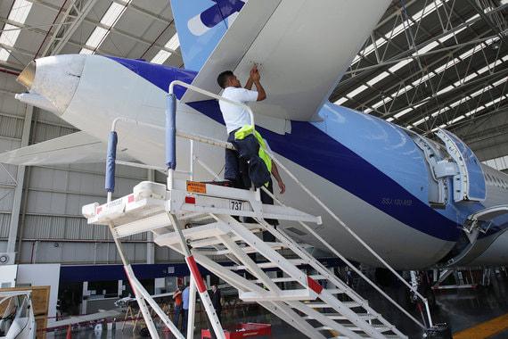 СМИ сообщили о пущенных на запчасти SSJ100 авиакомпании Interjet