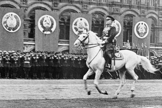 Маршал Советского Союза Георгий Жуков: 27%, третье место
