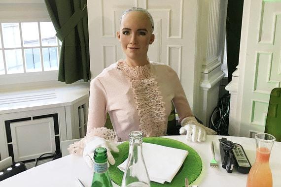 normal 10q6 Бизнес и робот София обсудили в Давосе применение искусственного интеллекта