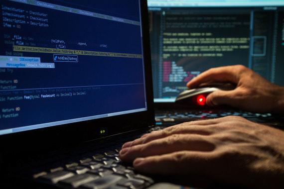 Каждый третий работник готов открыть письмо от хакера