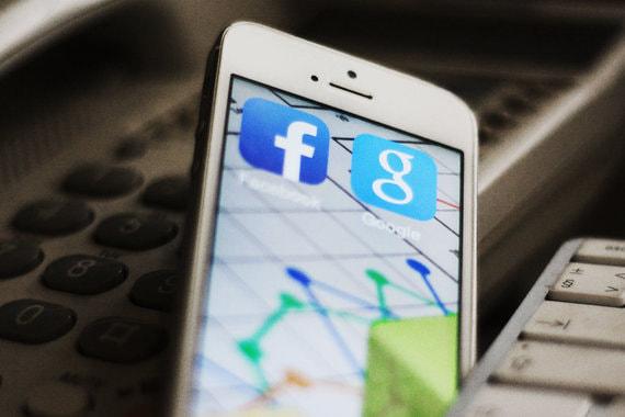 ЕС согласовал правила, по которым обяжет Google и Facebook платить авторам за контент