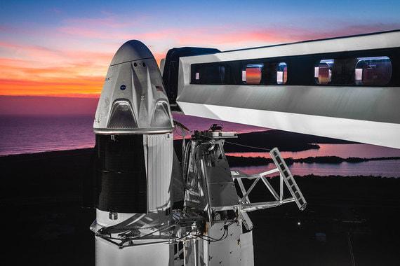normal rqb SpaceX запустила к МКС новейший корабль с манекеном на борту