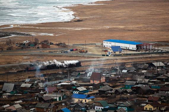 На Байкале начали строить завод, несмотря на протесты местных жителей