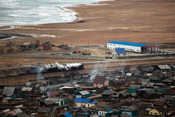 normal 1995 На Байкале начали строить завод, несмотря на протесты местных жителей