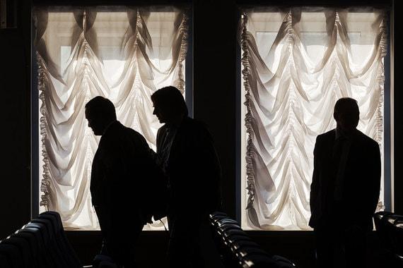 В отставку могут уйти от трех до шести губернаторов, говорят собеседники «Ведомостей»