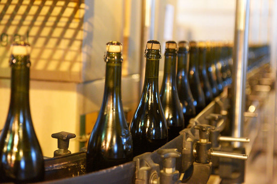 normal 1nt2 Минфин предложил повысить цену на шампанское
