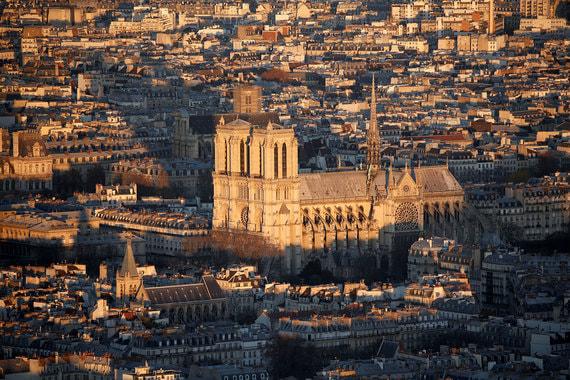 normal 1ddi От L'Oreal до Total: Кто готов оплатить восстановление собора Парижской Богоматери