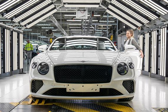 Bentley дизайн, история, будущее - интервью с главным дизайнером легендарной марки Штефаном Зилафом