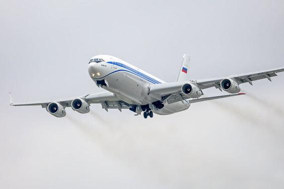 Ил-96-400М – четырехдвигательный самолет