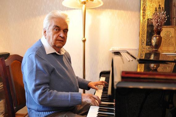 normal 10xs Умер автор музыки к «Приключениям Электроника» и «Чародеям»