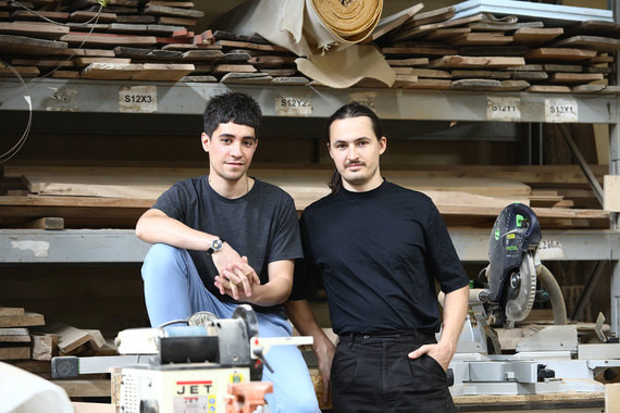 normal 1qvx Как два москвича открыли столярную мастерскую
