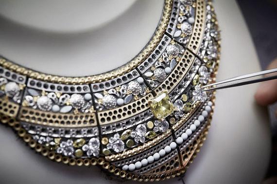 normal tuw Chanel создала коллекцию высокого ювелирного искусства, посвященную России