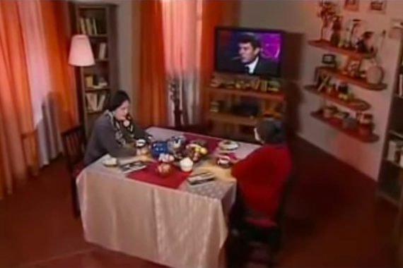 Кадр из телепередачи «Школа злословия»