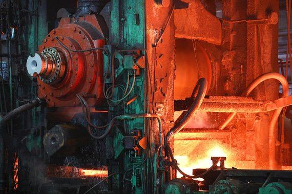 Промышленное производство в июле снизилось