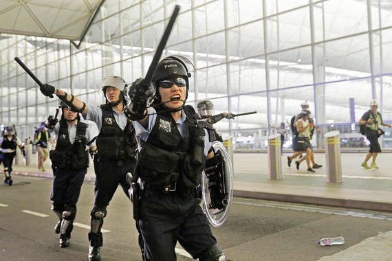 Протесты начали сказываться на экономике Гонконга