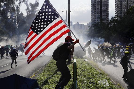 Китайские власти открыто грозят протестующим в Гонконге