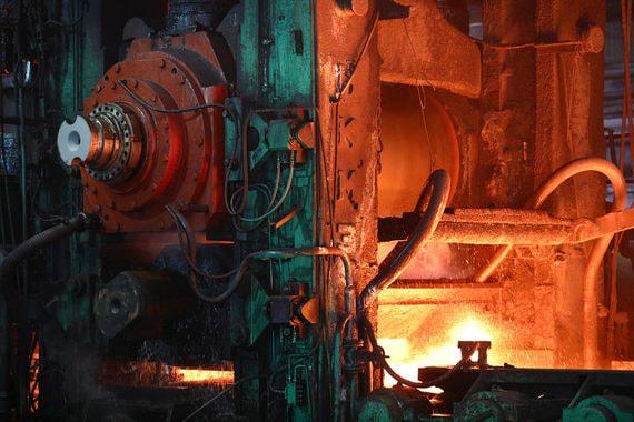 Прибыль российских металлургов упала из-за торговой войны США и Китая