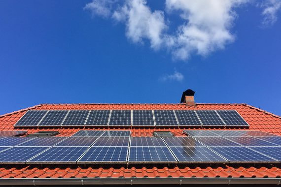 Tesla будет сдавать в аренду солнечные панели в США