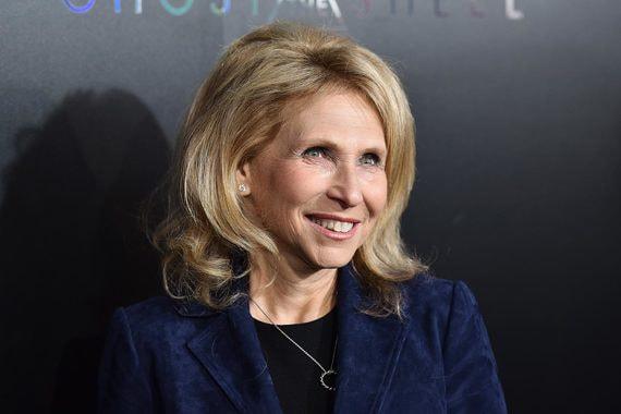 Как дочь миллиардера Самнера Редстоуна забирает бразды правления в его медиаимперии