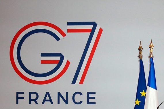 Президенты США и Франции предложили вернуть Россию в G7