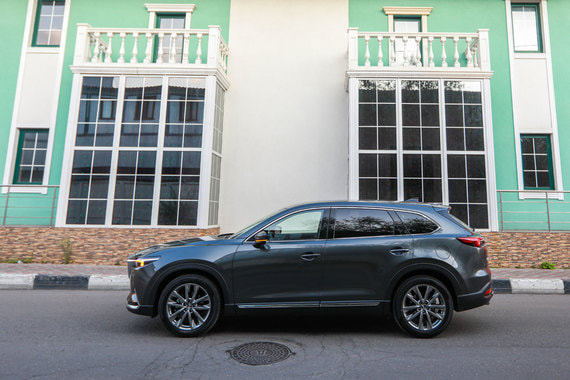 Mazda CX-9: Трехкомнатная машина