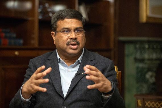 Министр нефти и газа Индии: «Роснефть» – очень надежный партнер, «Газпром» – с ним приятно работать»