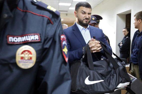 Бывший сотрудник ФСБ впервые получил реальный срок за пытки