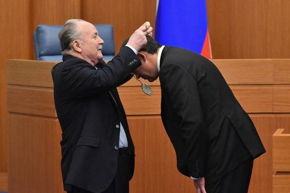 Провластное большинство отдало оппозиции лишь четверть руководящих постов в Мосгордуме