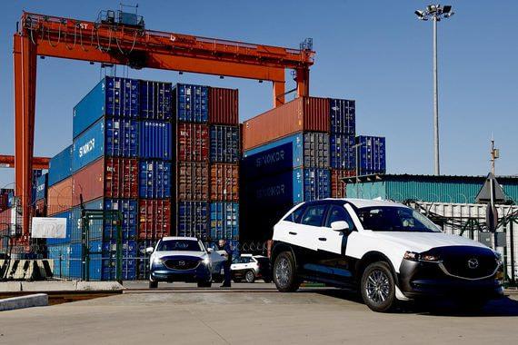 Правительство готово утроить субсидии на перевозку автомобилей Mazda