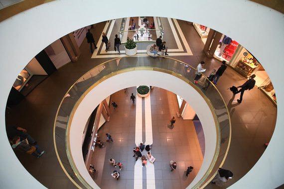 Арабская Mubadala покупает половину торгового центра «Галерея» в Петербурге