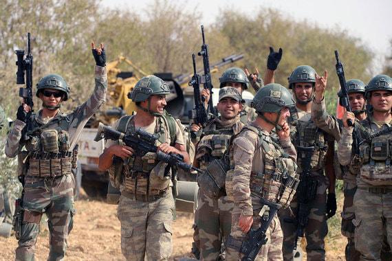 Российские военные начали патрулировать сирийский город Манбидж