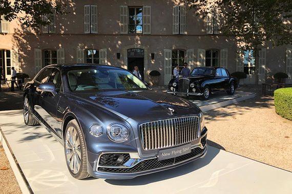 Bentley Flying Spur: Приглашение в полет