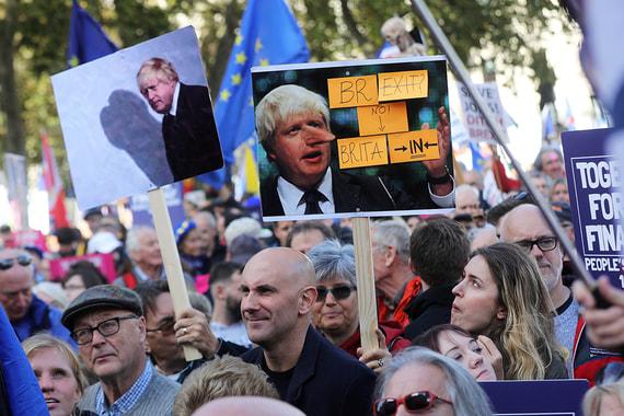 Парламент Великобритании проголосовал за новую отсрочку Brexit