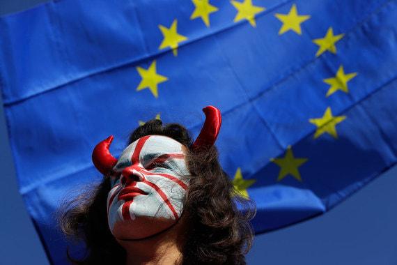 Британские власти предупредили о повышении вероятности жесткого Brexit