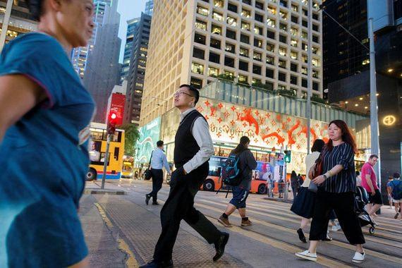 Инвесторы верят в Гонконг
