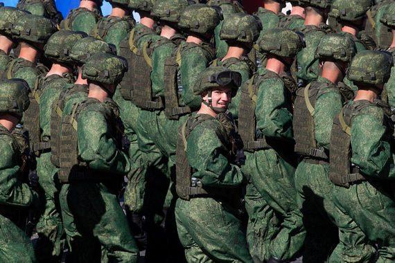 Россияне доверяют президенту меньше, чем армии