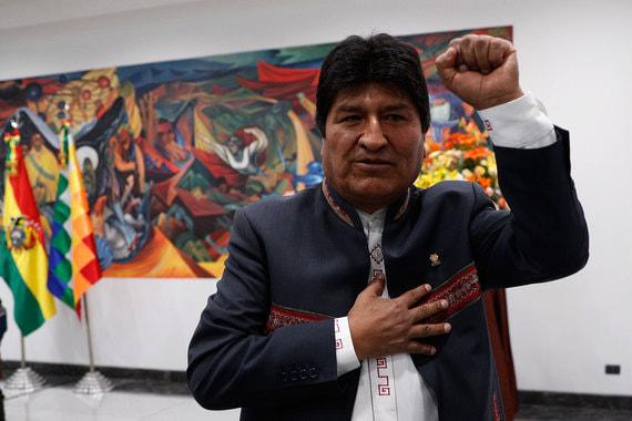 Президент Боливии объявил о проведении повторных выборов