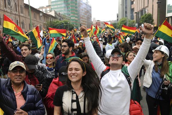Почему Эво Моралес лишился власти, несмотря на все достижения