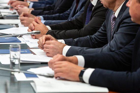 ФОМ зафиксировал резкий рост доверия к губернаторам несмотря на пенсионную реформу