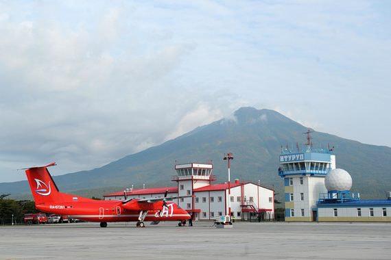 Холдинг Вексельберга просит избавить аэропорты от бессмысленных требований по безопасности