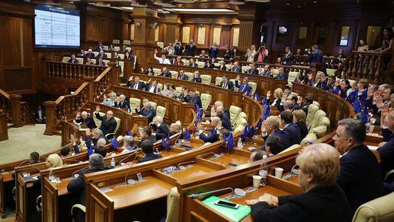 В Молдавии утверждено правительство меньшинства