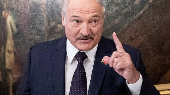 Лукашенко хочет получать истребители из России бесплатно
