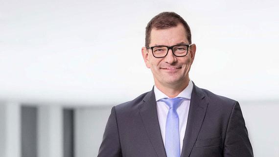 Новым гендиректором Audi станет топ-менеджер BMW