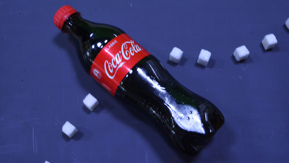 PepsiCo и Coca-Cola будут добавлять в напитки в России меньше сахара
