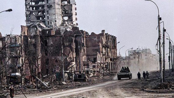 Война и мир Полины Жеребцовой