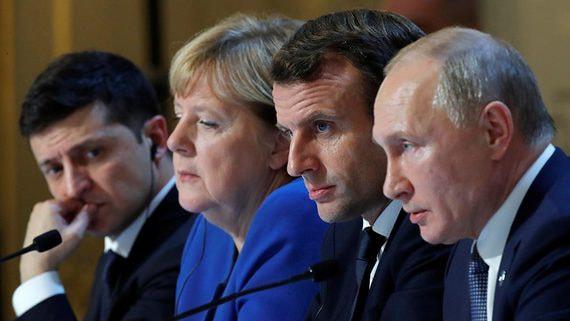 Ни прорыва, ни провала: политологи о первой встрече президентов России и Украины