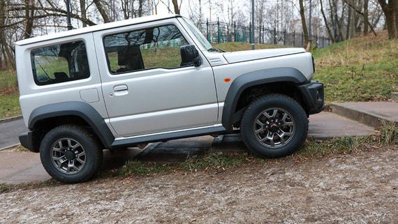 Suzuki Jimny: Маленький скакун
